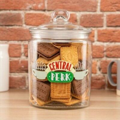 friends posuda za kekse